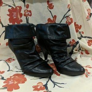 Steve Madden Black Leather Applegate Size 9.5